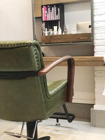 店内椅子風景