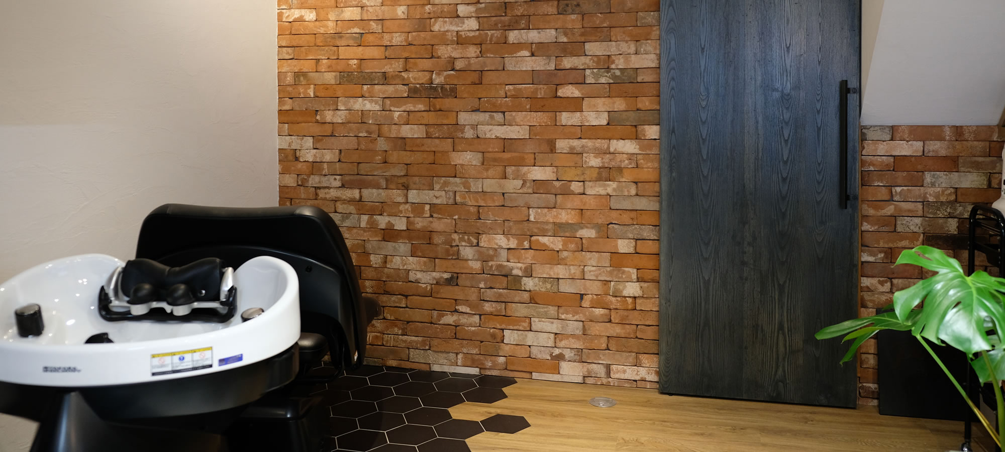『PUEBLO HAIR LABO』店内風景